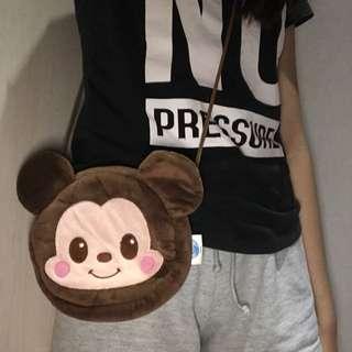 Mickey slingbag