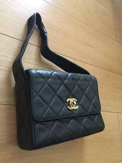 (保証真品)Vintage Authentic Chanel 黑色手袋