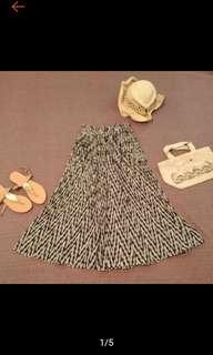 🚚 時尚 幾何圖騰 皺摺 八分 寬褲 褲裙