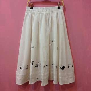 [彩色櫥窗]下擺各種海洋圖案刺繡鬆緊帶長裙