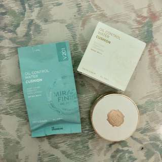 Face Shop Oil Control Water Cushion