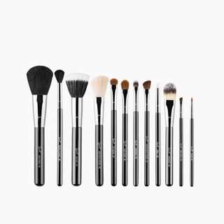 🚚 SIGMA ESSENTIAL BRUSH KIT