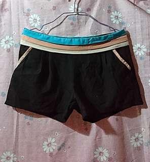 Tri-color Chiffon shorts