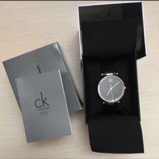 🚚 CK精品 大錶徑菱格紋手錶 降價