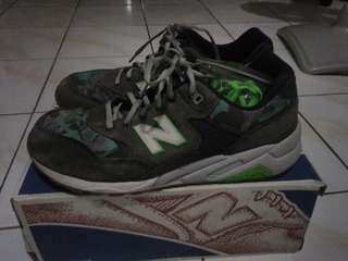 Sepatu New Balance 580 revlite