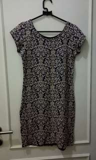 Dress motif baruk