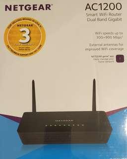 Brand New - Netgear Smart Wi-Fi Router