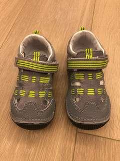 Stride Rite boy sandals US7 涼鞋