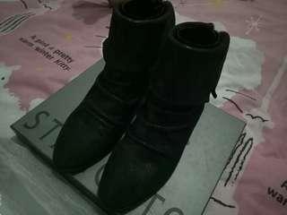Sepatu Staccato Boot Hitam