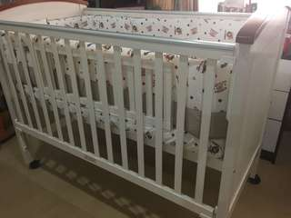 New Baby Cot for newborn until 3 years old