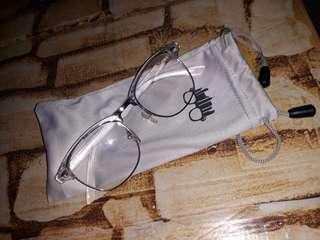 Metro Sunnies eyewear 💯
