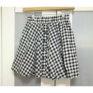 免費贈 日系流行款格紋 傘裙 A字裙 可當平口上衣穿
