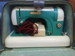 Sewing machine vintage collectors