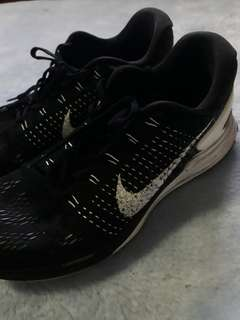 Authentic Nike Lunarglide 7