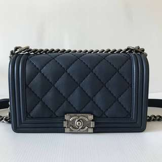 CHANEL BOY Old Medium Calfskin in Navy Blue RHW