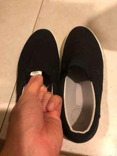 🚚 MUJI男鞋黑