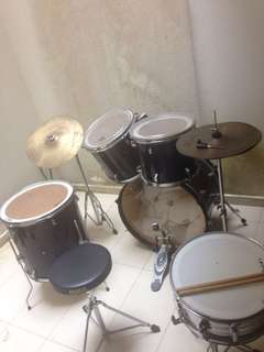 Legion drum set