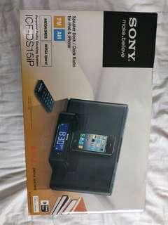 Sony ICF-DS15iP Speaker Dock/Clock Radio