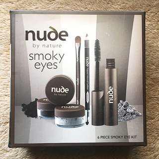 Nude smoky eye kit