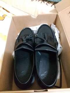 Dr.Martens黑色型格皮鞋