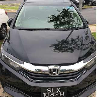 Honda Shuttle Hybrid for rent
