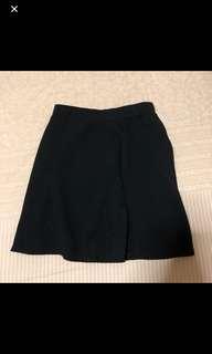 black skirt flare