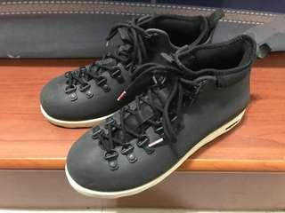 Native 黑 雨靴