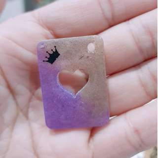 🚚 Crown Heart Poker Card Resin Charm