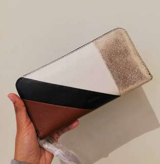 💯 Fossil Emma large zip clutch