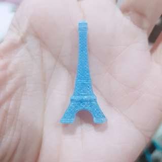 🚚 Blue Eiffel Tower Resin Charm
