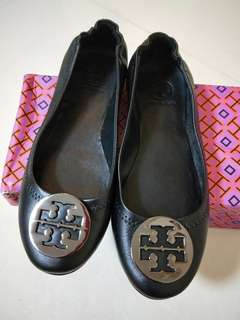 🚚 Authentic tory Burch Shoes