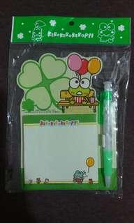 1988, 2006 Sanrio Kerokeroppi  青蛙 Desktop Memo pad with ball Pen