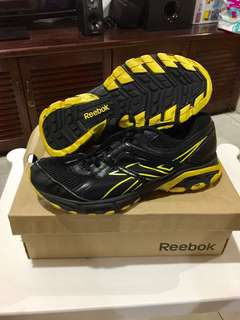 PRELOVED REEBOX DMX RIDE YELLOW ULTIMATE