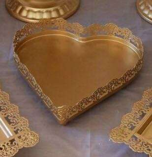 [Rental] Gold heart dessert tray
