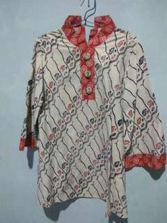Blouse batik strip merah