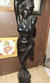 Patung Bali Tua *mulus. t: 133 cm /kayu jati