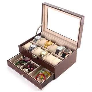 jewelry box with susi