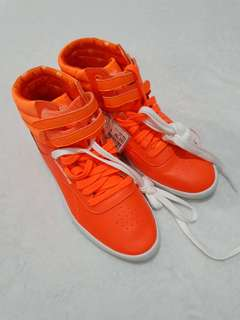 Reebok High Cut rubber shoes