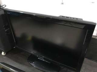 "Sharp AQUOS 32"" HD Ready LCD TV"