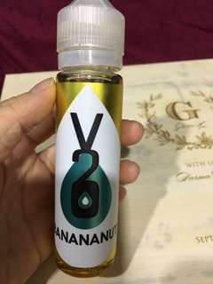 Banana nut e-liquid vape
