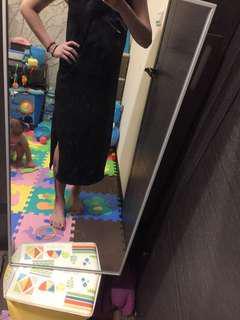 🚚 黑色開岔背心長裙