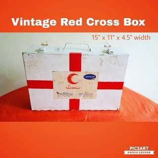 1970-80s Vintage Metal RED CROSS Box with 20pcs interesting old medical containers/packs mostly no longer available. Wall-hang. $38 Clearance Offer, sms 96337309.
