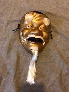 🚚 陶瓷面具