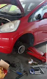 Car Disc Rotor Replacement