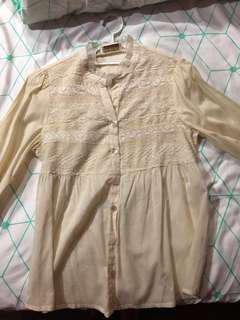 Somerset's Bay Cream Blouse