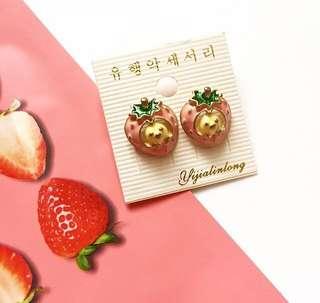 Anting Korea Strawberry Chibi