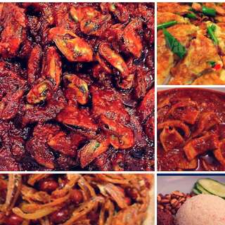 Halal Food, Nasi Lemak, sambal kupang, sambal Sotong kembang, Ikan Bilis&Timun & Telor goreng, for sambal kupang no last minute order.. Self Collect At Woodland St 82