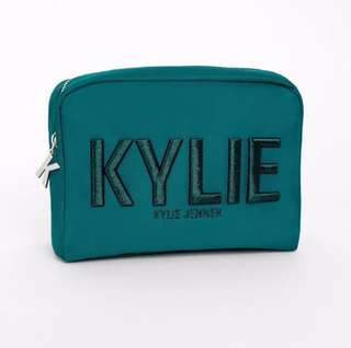 🚚 [AUTHENTIC] KYLIE Make Up Bag Holiday Collection
