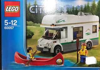 Lego City 60057 - Camper and canoe set