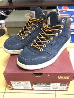 🚚 Vans V2551Z中筒休閒鞋 (非登山鞋/布鞋/帆布鞋/球鞋)